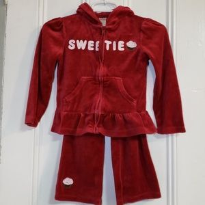 Gymboree 5/6 velour girls sweatsuit